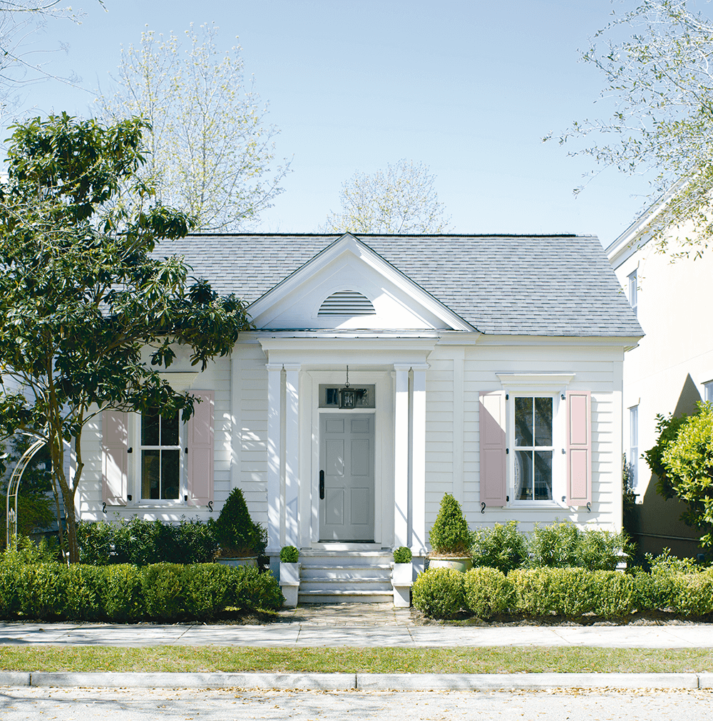 Exterior Paint in GREENWICH, Connecticut - MCDERMOTT PAINT & WALLPAPER - Benjamin Moore Authorized Retailer